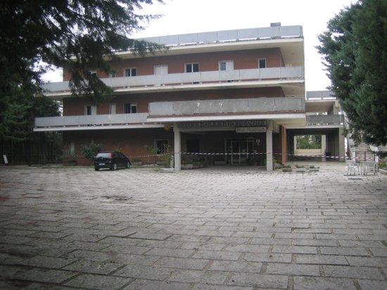 Arcevia: a fuoco l\'hotel Alle Terrazze